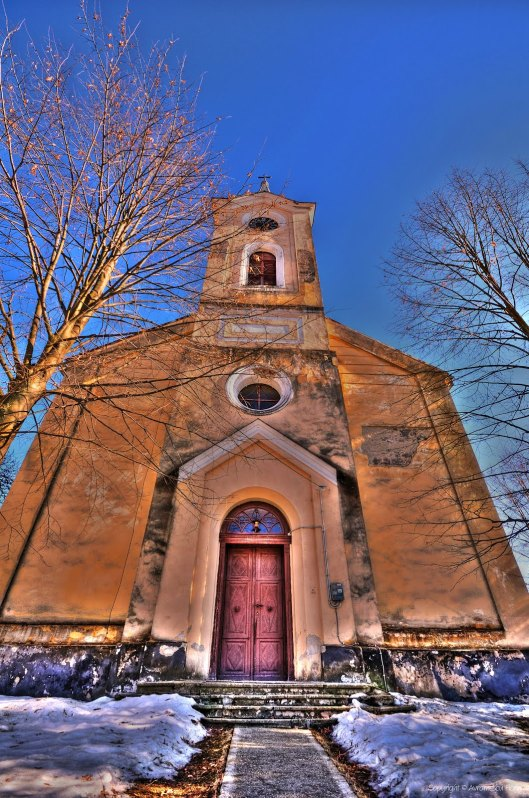 Hunedoara_L'eglise protestante Otelu-Rosu_Roumanie