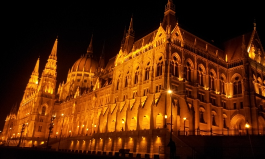 budapest-palais-de-parlement